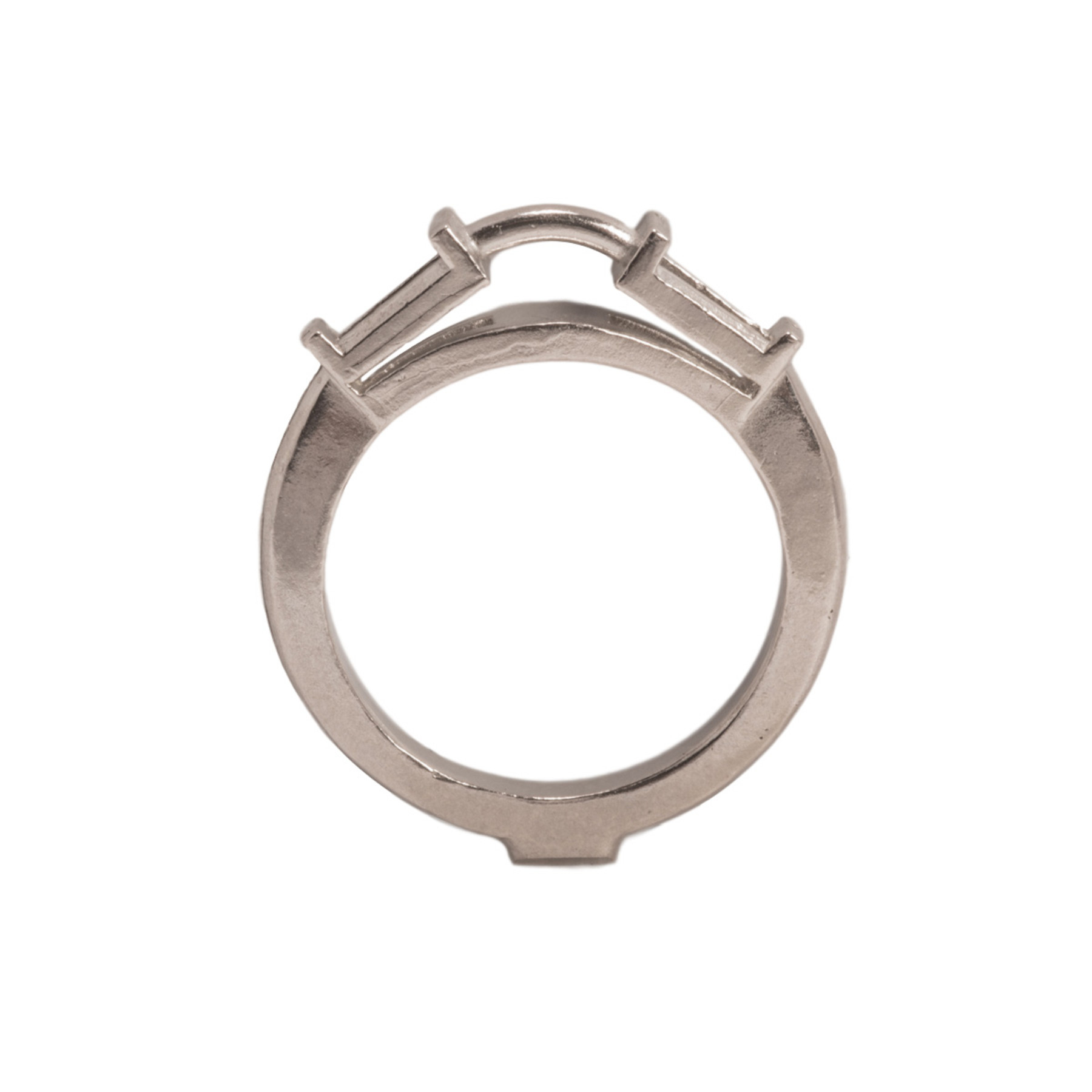 41216310c2bd4 14KW, 18KW & Platinum Empty Center With 5 x 3 x 2mm Tapered Baguette Sides  Ring Mountings